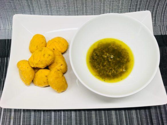 Kürbis Gnocchi mit Knoblauch Thymian Sauce