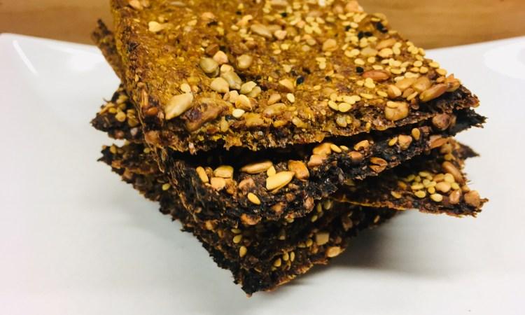 Sellerie Möhren Cracker mit Hanf, Chia und Leinöl