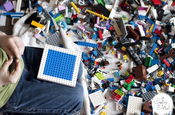 Crevette Using LEGO to Improve his Writing Skills