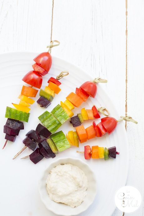 Check these vibrant, quick & easy vegan rainbow snacks. Who doesn't love Fruit & Veg Skewers with Dips #GlutenFreeVeganuary