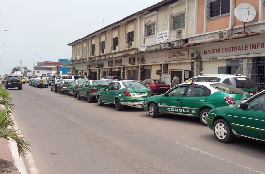 Pénurie de carburant : de longues files d'attente reprennent à Brazzaville
