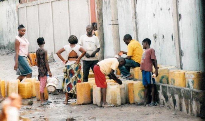 Les pompes du quartier Km8 à nouveau ravitaillées après près de 10 ans sans eau