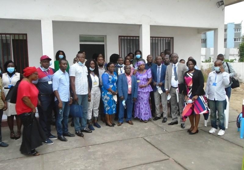 Hôpital Adolphe-Sicé : échanges sur l'amélioration de la santé de l'enfant