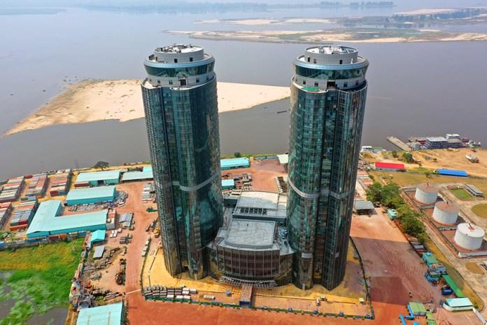 """Congo-Brazzaville : L'inauguration des """"Tours jumelles"""" prévue en début 2022"""
