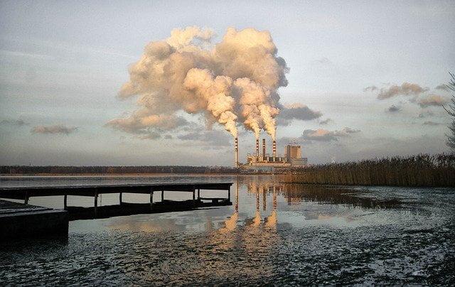 La Polonia soffoca nello smog