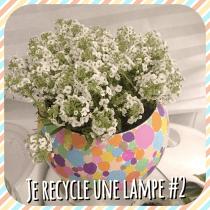 DIY pour décorer une lampe et la transformer en pot de fleur avec des sharpies