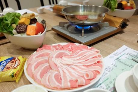 屏東縣屏東市|簡單鍋物 不簡單的食材堅持 住宅區裡的高品質個人鍋物 平價美食(四訪更新)