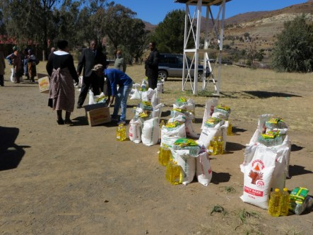 Food parcels being distributed at Mohale's Hoek LECSA