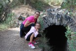 Eva hija y madre sorprendidas con las cuevas