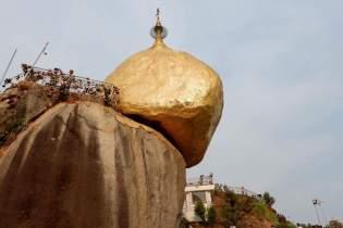 Golden rock myanmar 11