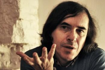 """Mircea Cartarescu: """"Lo que busco es desenmascarar la realidad"""""""