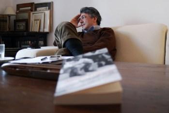 Andrés Trapiello: «El milagro de la literatura consiste en doblar la vida»