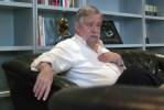 """José María Guelbenzu: """"Hoy al escritor que se respeta es al que gana mucha pasta"""""""
