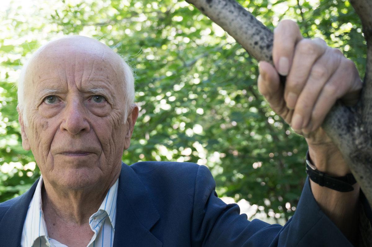 """Emilio Lledó: """"La raíz del mal está en la ignorancia, el egoísmo, la codicia"""""""