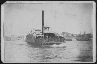 Transbordador Fulton Ferry, julio 1890, que unía Brooklyn y New York.