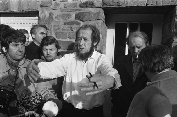 Aleksandr_Solzhenitsyn_1974b