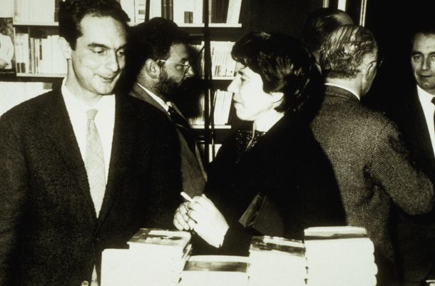 Italo Calvino, Natalia Ginzburg archivio Giovannetti/effigie / COVER