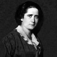 Clara Campoamor, gracias en nombre de las mujeres de ayer, de hoy y de mañana