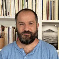 """Juan Marqués y su """"hombre que ordenaba bibliotecas"""""""