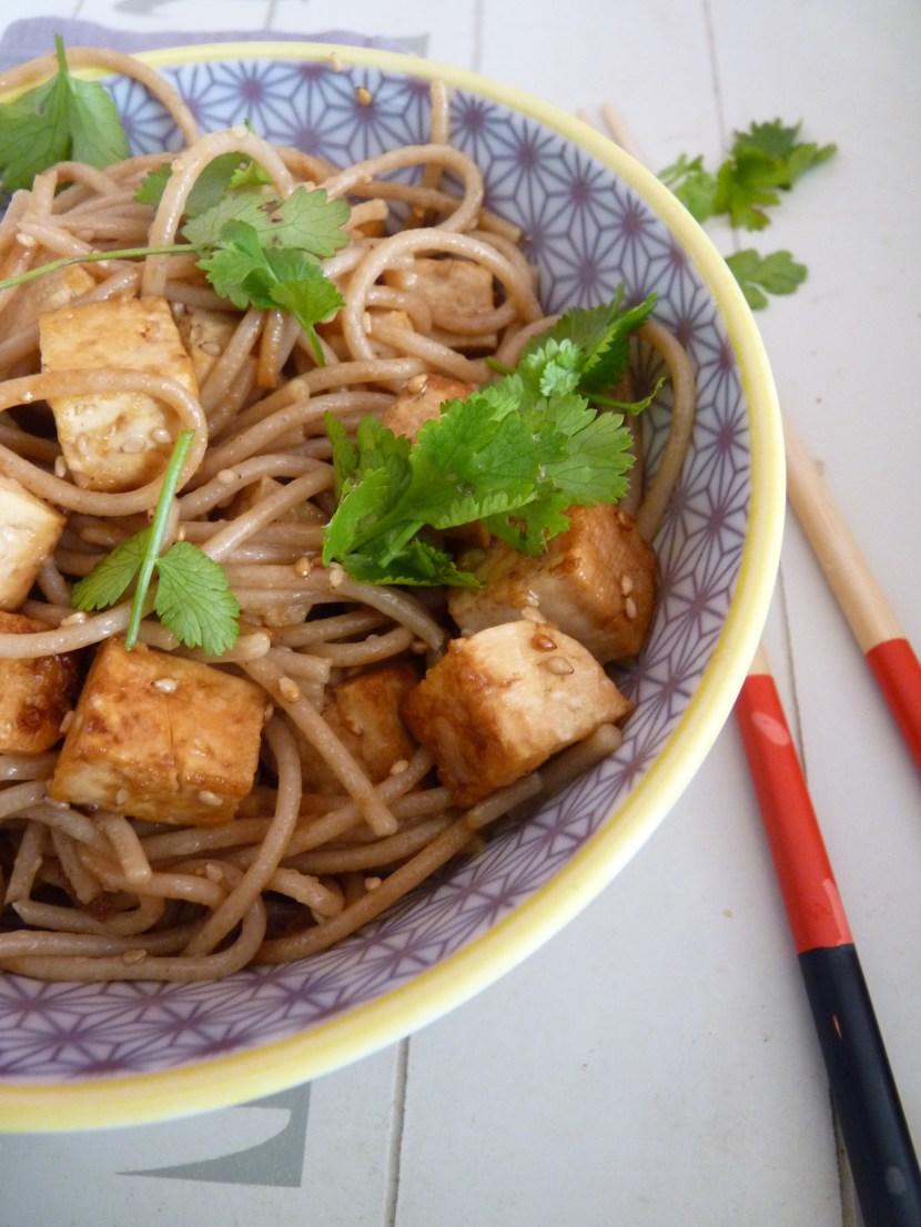 Spaghetti de petit épeautre, tofu lactofermenté sauté aux graines de sésame