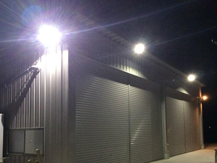 倉庫用照明・50w投光器活用事例