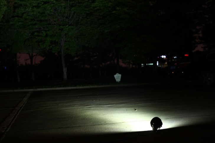 27w作業灯 公園での照射写真