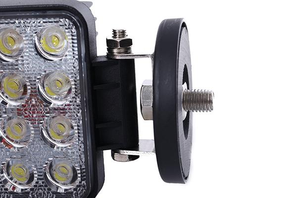 LED作業灯用磁石
