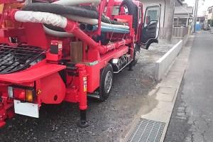 コンクリートポンプ車・作業灯設置写真