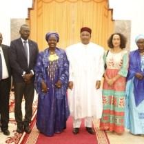 Lutte contre la pauvreté: La Ministre ivoirienne Mariatou Koné échange avec le Président du Niger Mahamadou Issoufou.