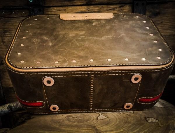 Lederkoffer / Koffer