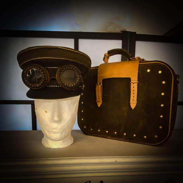 Timetravel Steampunk Koffer