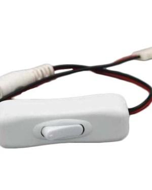 DC tápcsatlakozóval és led szalag gyorscsatlakozóval szerelt kapcsoló, 8mm led szalaghoz, a muanyag tápegység közvetlenül bele dugható! 12V, 3A, fehér színu
