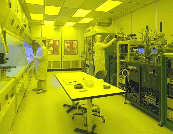 Clean room of a semiconductor manufacturing- why Led light are expensive