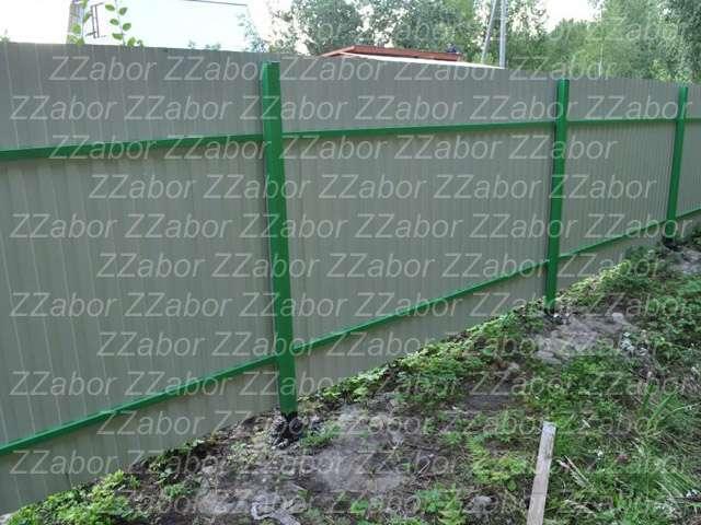 Сиверский, ул. ИЖС Строитель, Односторонний профлист. Цена с установкой 54500 рублей.