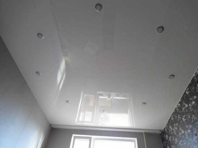 Новое полотно потолка