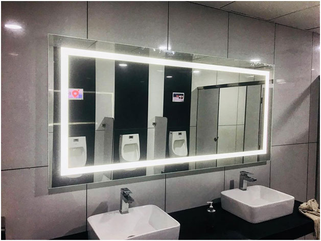 DAZZLING MIRRORS FOR YOUR DRESSING ROOM