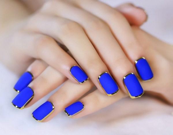 Маникюр синим лаком своими руками