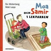 Moa och Samir i lekparken by Siv Widerberg