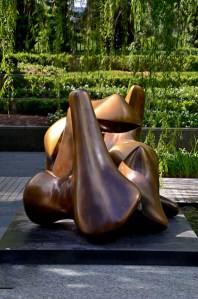 Nasher Sculpture Center: Henry Moore