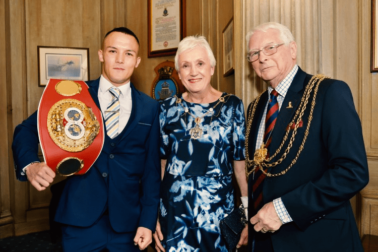 The Lord Mayor and Lady Mayoress officially welcome Josh to the civic reception which was held in his honour.