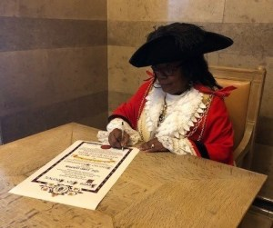 Lord Mayor signing Freedom of Entry