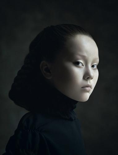 01-Desiree-Dolron-Xteriors-II