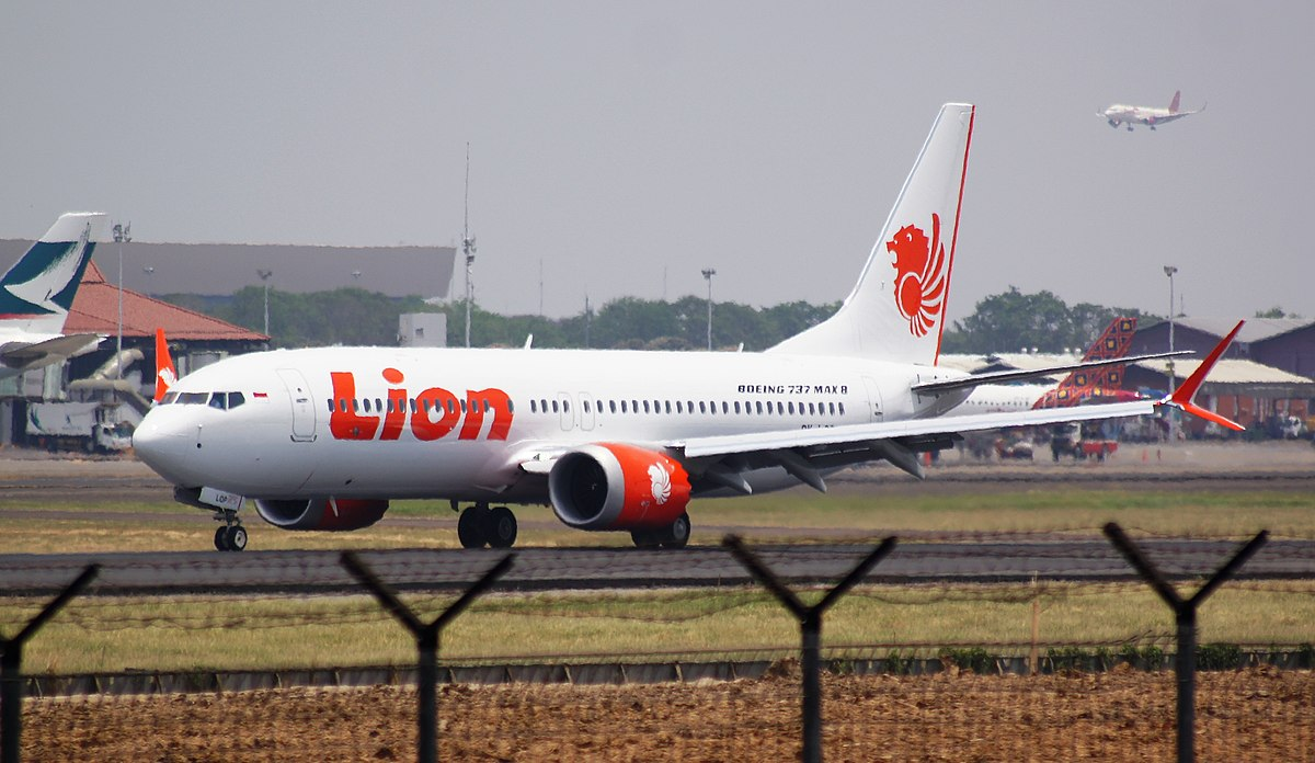 Boeing issues 737 Operations Manual Bulletin after Lion Air accident