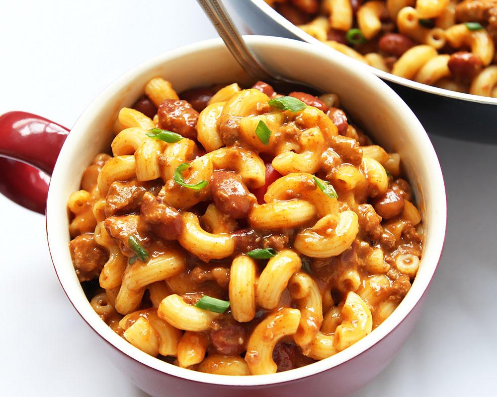 Chili Cook And Mac N Chees