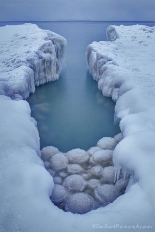 Lake Michigan ... ice balls III