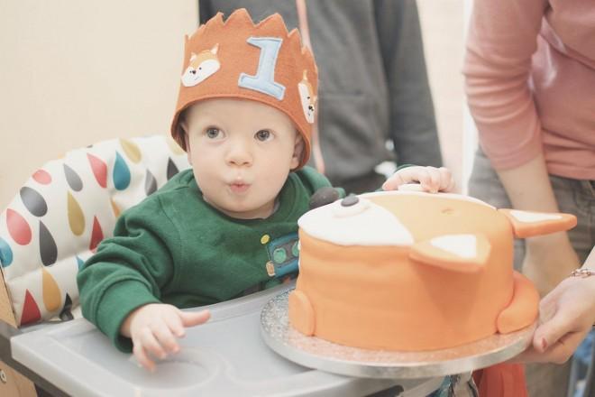 fox_birthday_cake_baking_taylor_yum