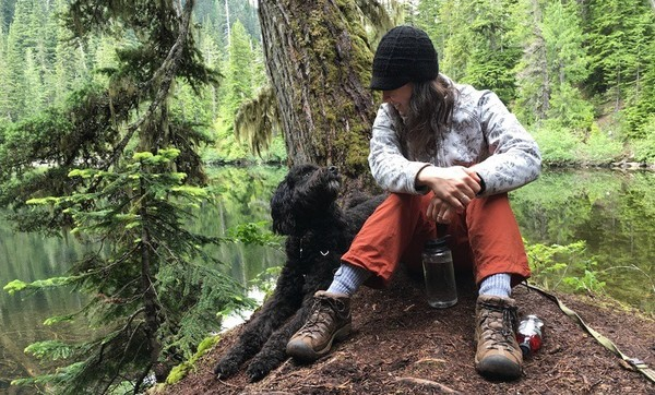 Maybe and Sachi in the Alpine Lakes Wilderness