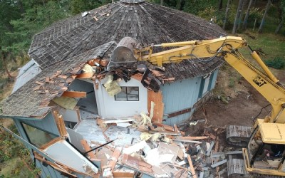 The Demolition of the Yurt-Shaped House ⚒