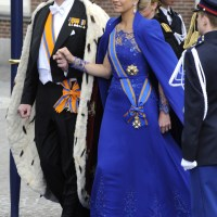 The new King and Queen of the Netherlands: Máxima's royal blue gown.