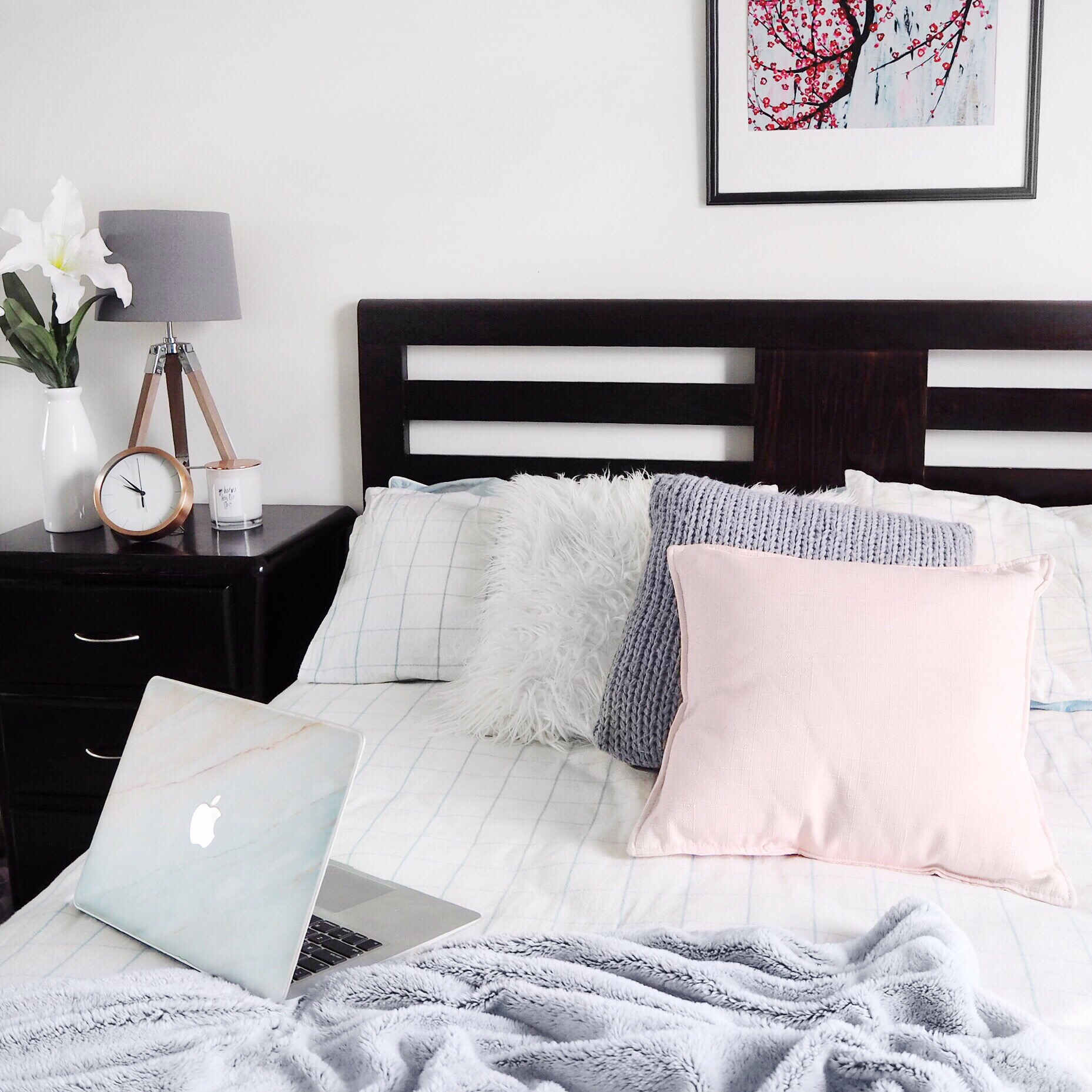 8 Blush Amp Grey Home Decor Items For The Bedroom